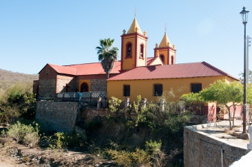 El_triumpho_church